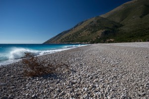 The beach where supposedly Julius Caesar landed with his troops just south of Oricum and the Karaburun © Philippe Henry / Octopus Foundation