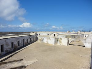 The São Sebastião fort is an impressive building, built by the Portuguese. It's protected by UNESCO's World Heritage convention, and will soon host a museum and an underwater archaeology learning center © Octopus Foundation
