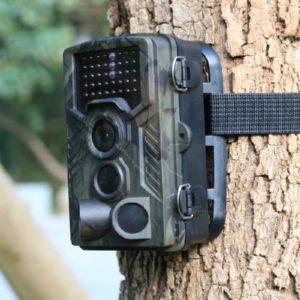 Caméra à détecteur de mouvement, développée pour la chasse en forêt.